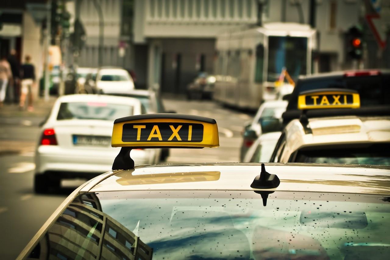 taxi face au vtc