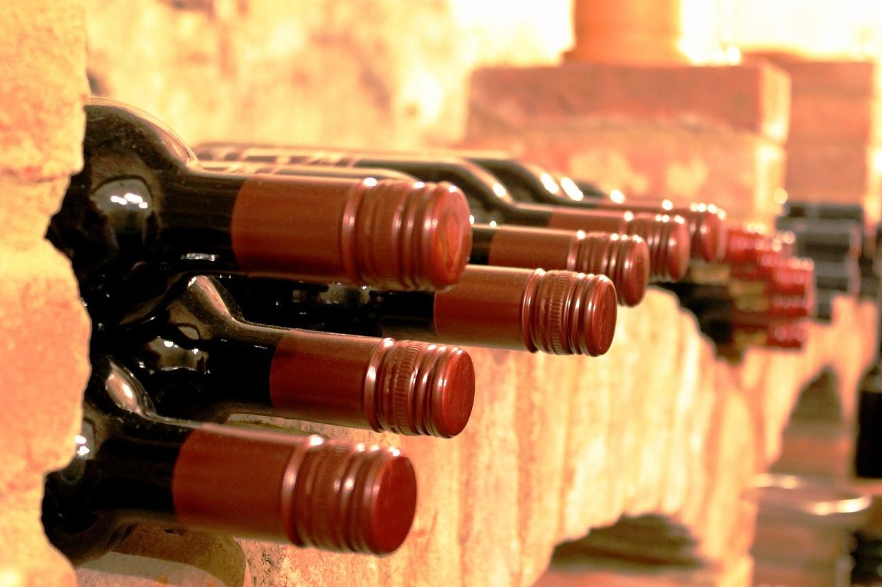 vin dans la cave