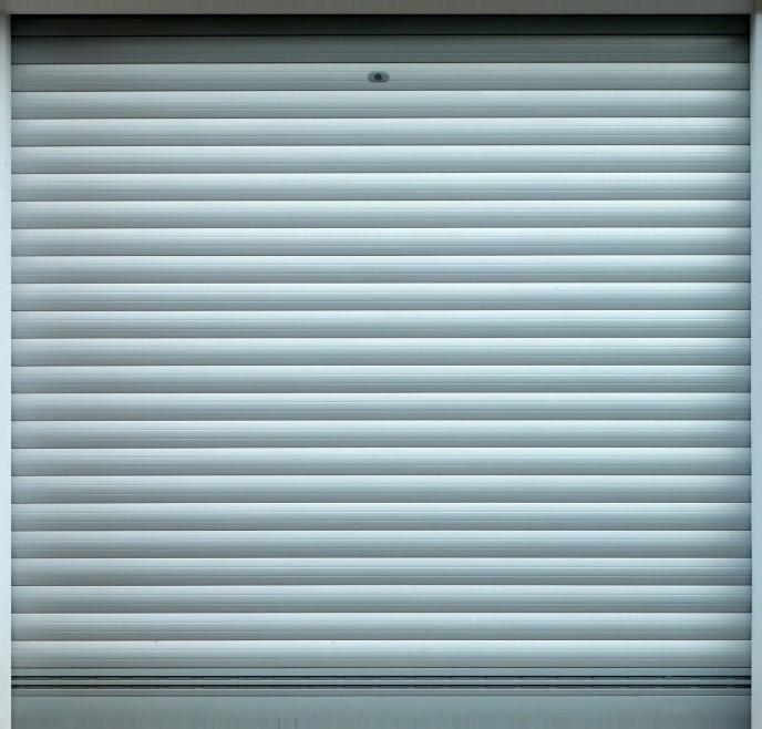 Quelles questions se poser avant de remplacer sa porte de garage à Lyon ?
